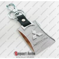 Брелок карабин серебро Mitsubishi